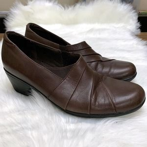 Clarks Brown Leather Ankle Booties 10M
